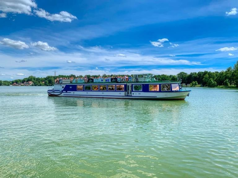 party-schiff-möwe-charter-brandenburg-lychen