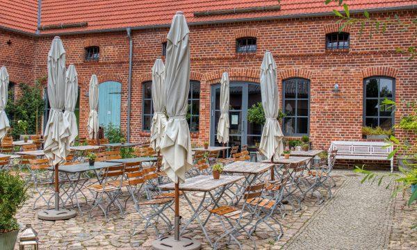 gruener-baum-boizenburg